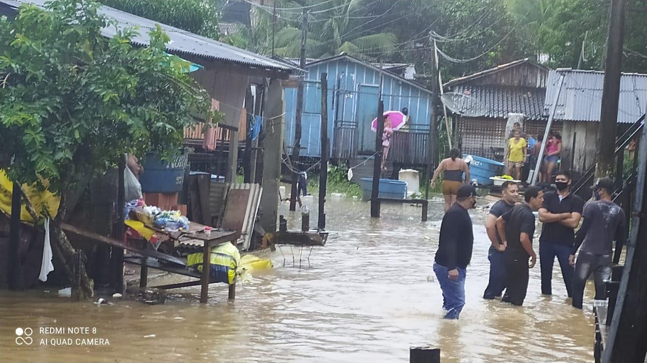 NÍVEL DO RIO TOCANTINS SOBE E FAMÍLIAS PRECISAM SER REALOCADAS EM TUCURUÍ